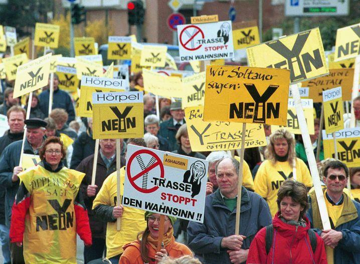 Protest gegen Y-Trasse (2000): Seit Anfang der neunziger Jahre in der Planungsphase