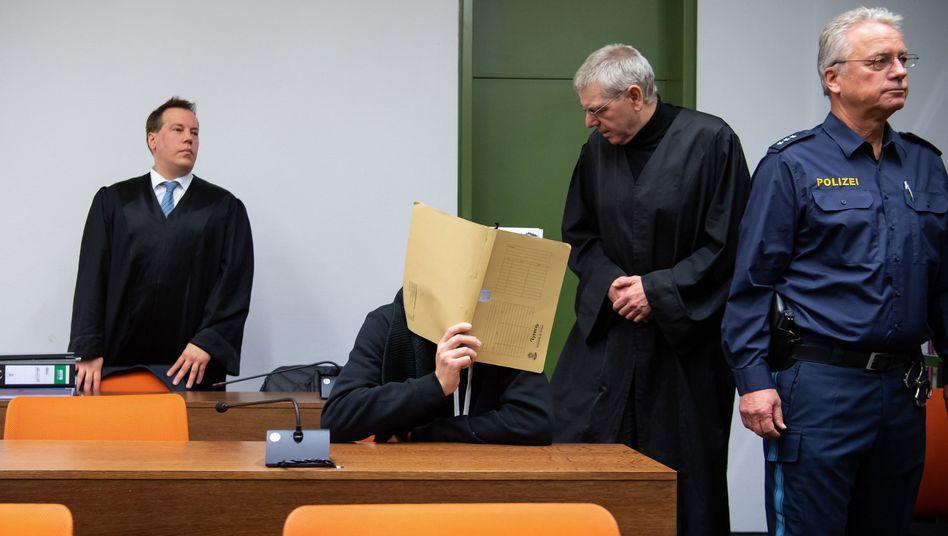 Brachte Dutzende Mädchen und junge Frauen in Lebensgefahr: David G. im Landgericht München