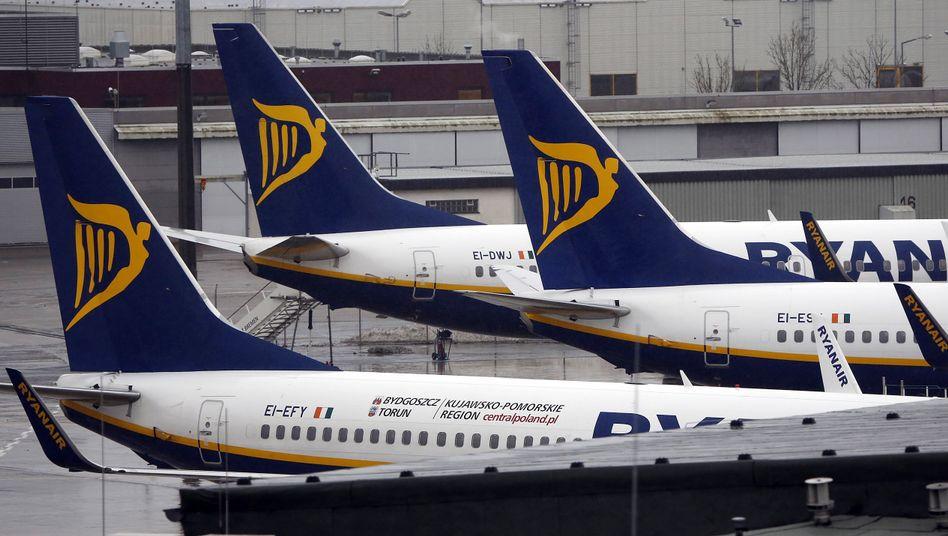 Ryanair-Flugzeuge auf dem Flughafen Bremen: EU-Veto gegen Aer-Lingus-Übernahme