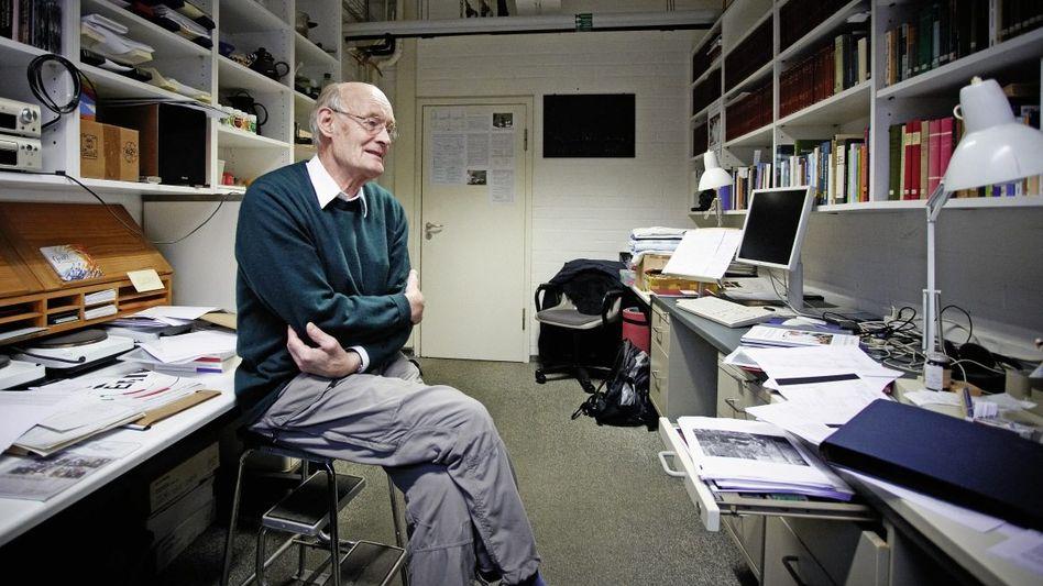 Wissenschaftler Matthaei in seinem Göttinger Büro