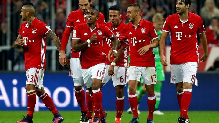 Bundesliga: Bayern rotiert - und siegt deutlich