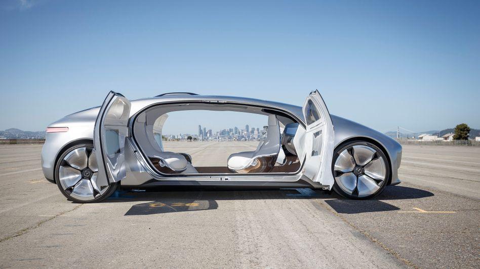 Autonom fahrender Konzeptwagen F015 von Mercedes
