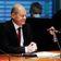 Scholz stellt sich Finanzausschuss wegen Geldwäsche-Ermittlungen