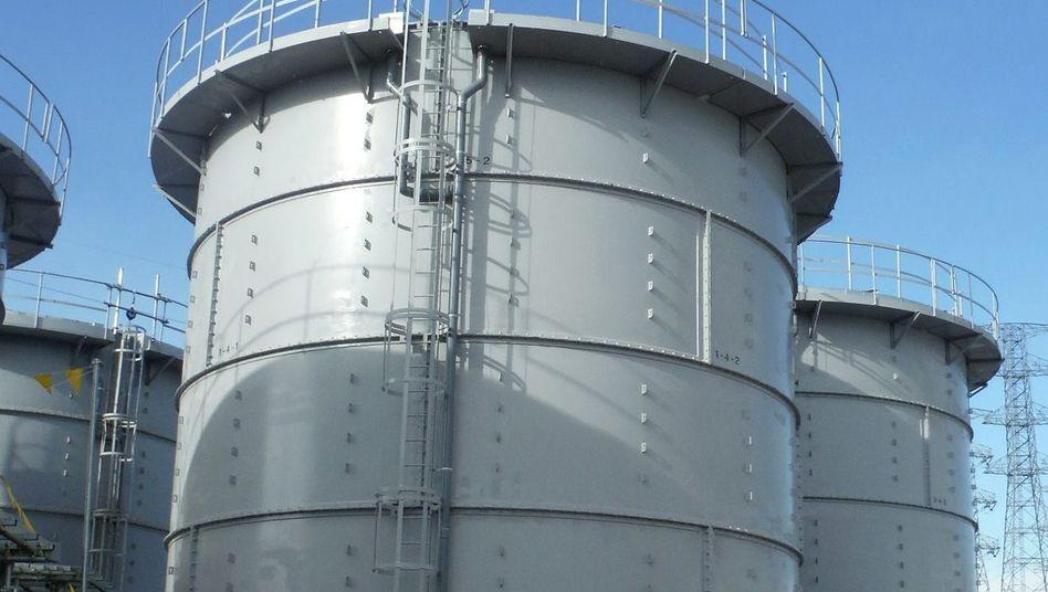 Wassertank auf AKW-Gelände Fukushima: Tödlicher Absturz