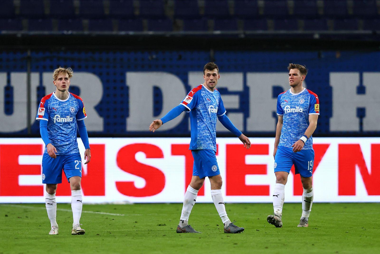 Hamburger SV v Holstein Kiel - Second Bundesliga