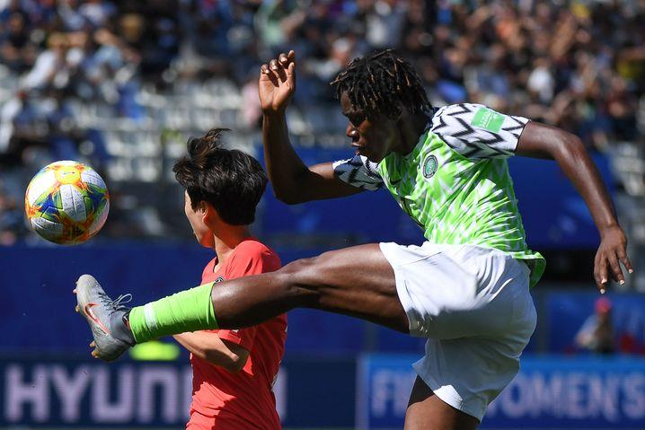Oshoala beim WM-Spiel 2019 Nigeria : Südkorea