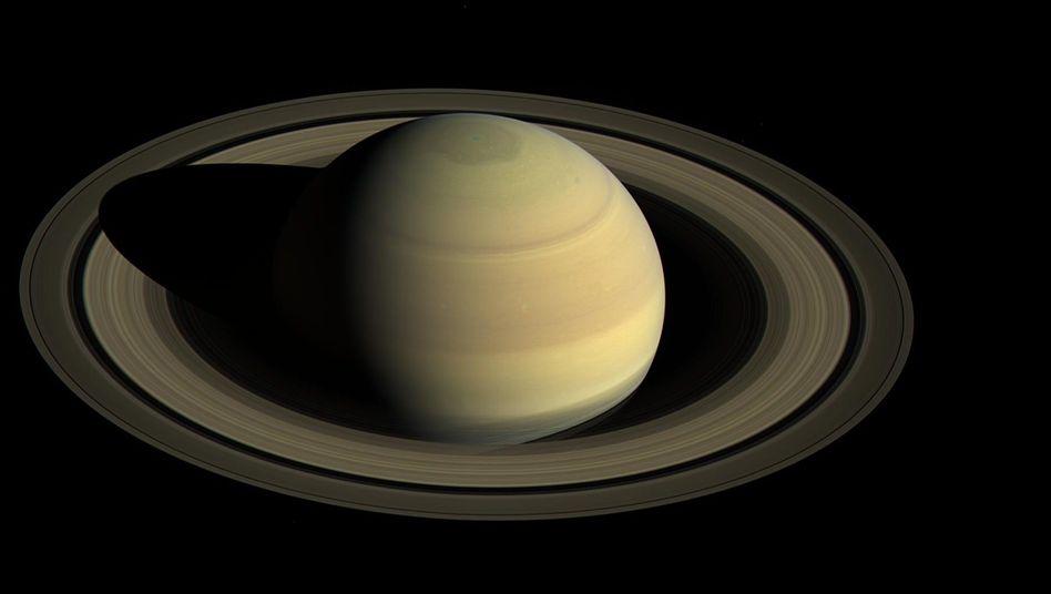 Saturn Suche