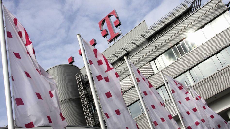 Telekom-Firmenzentrale: Betroffene dürfen im Daten-Prozess keine Fragen stellen