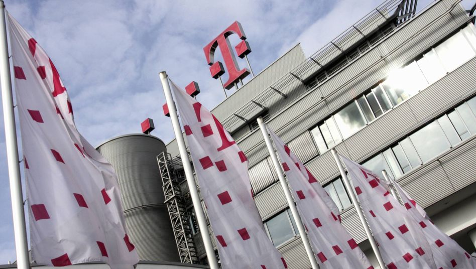 Telekom-Zentrale in Bonn: AT&T greift sich T-Mobile USA