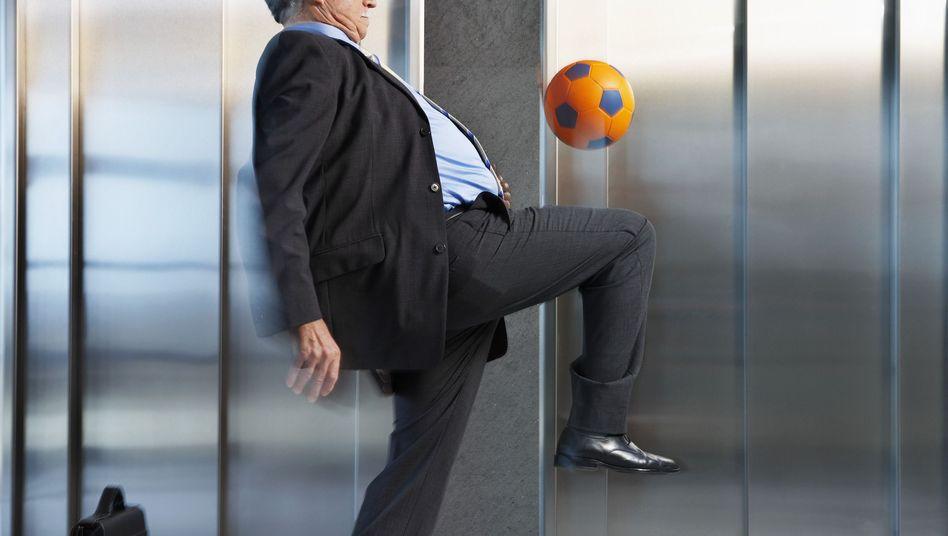 Beschäftigter über 50: Entscheidend ist, den Ball in Bewegung zu halten