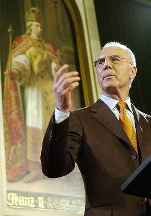 """Beckenbauer im Kaisersaal des Frankfurter Römers: """"Ich bin menschlicher geworden"""""""