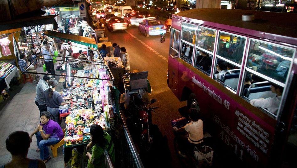 Sukhumvit Road in Bangkok: Das Geschäft mit Potenzpillen boomt