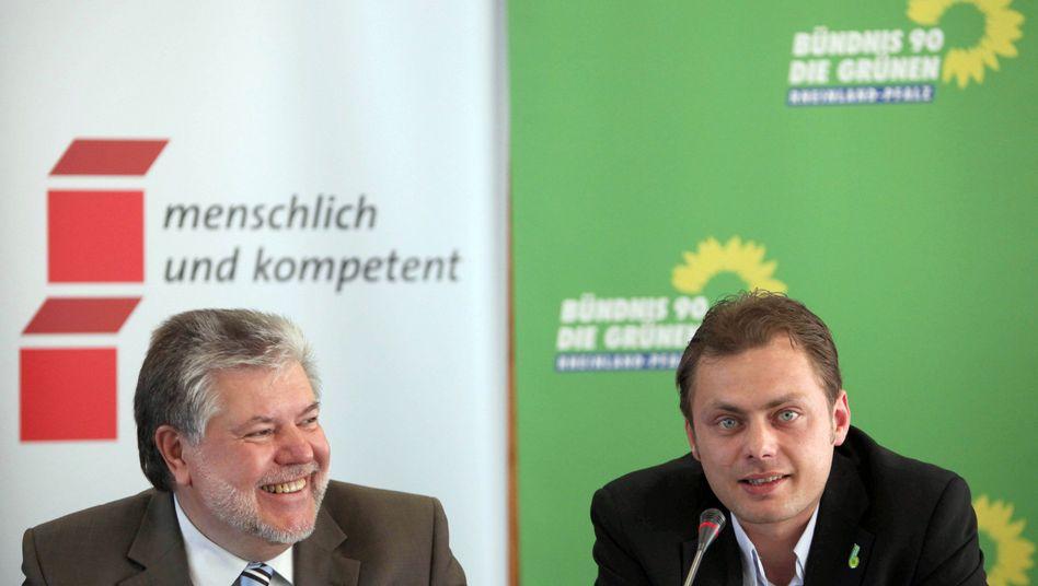Politiker Beck (SPD, l.) und Köbler (Grüne): Letzte Streitpunkte ausgeräumt