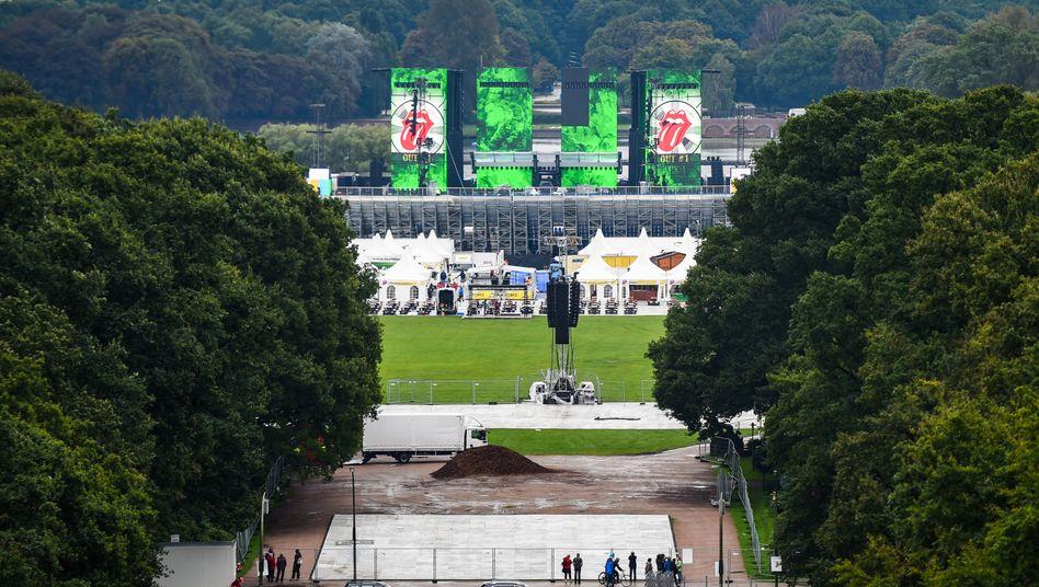 Die B??hne f??r das Stones-Konzert im Hamburger Stadtpark 2017