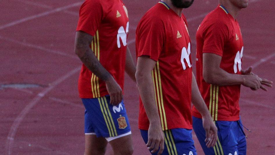 Thiago Alcántara, Gerard Piqu, Rodrigo Moreno (02.10.17)