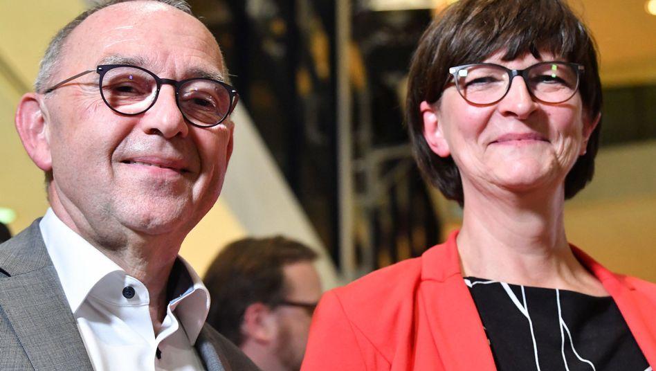 Nur als Duo zu haben: Saskia Esken und Norbert Walter-Borjans wollen SPD-Vorsitzende werden