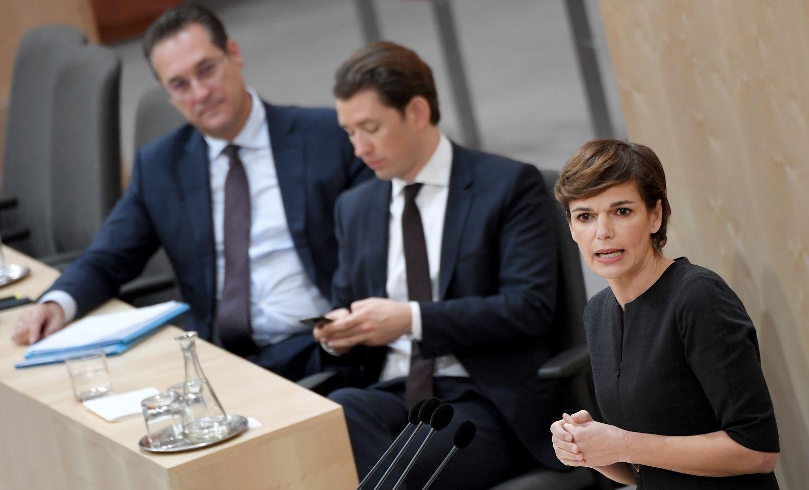 Tarsdorf reiche frau sucht mann Partnersuche ab 60 ansfelden