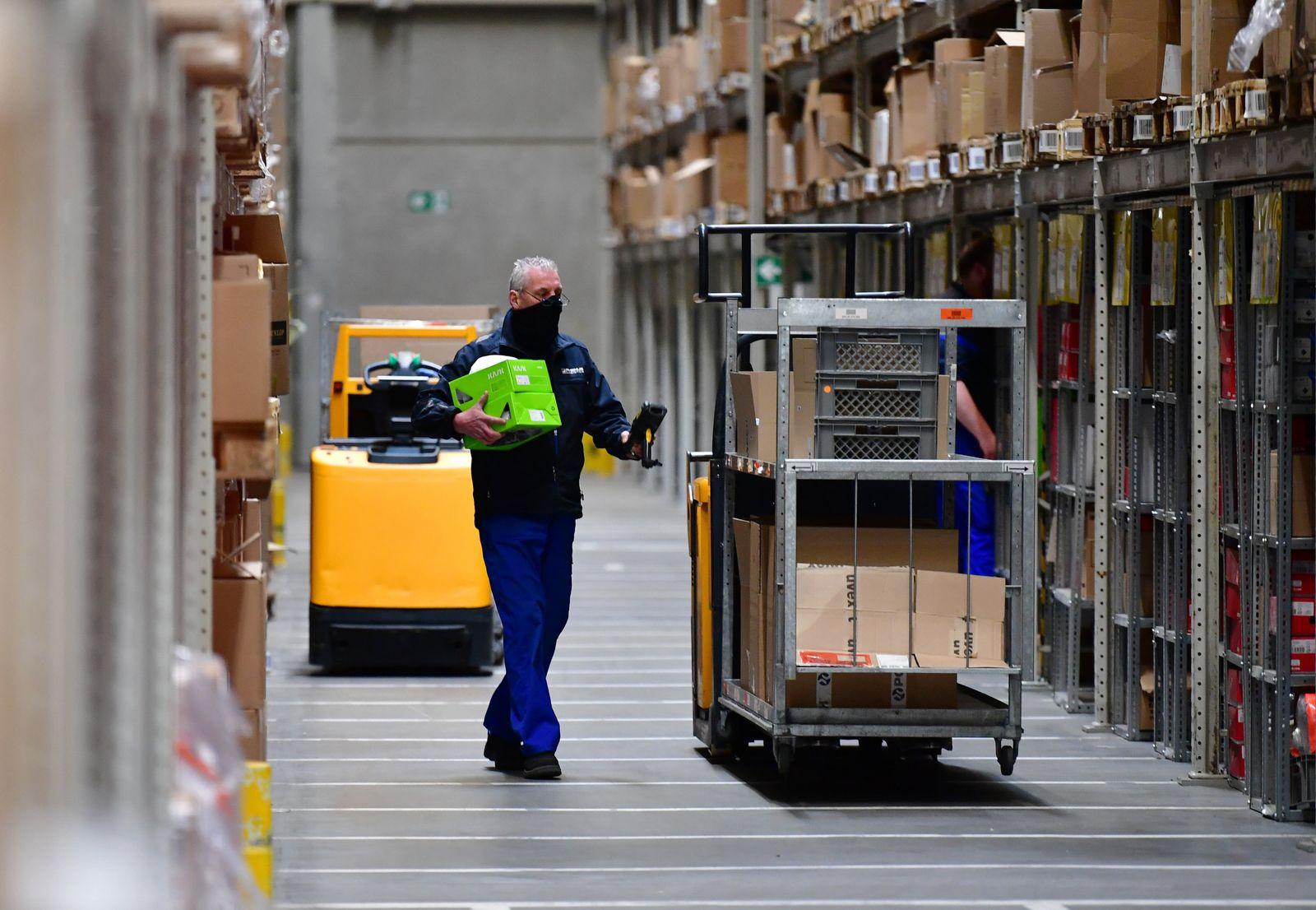 Bundesverkehrsminister Scheuer besucht Logistikunternehmen Rhenus