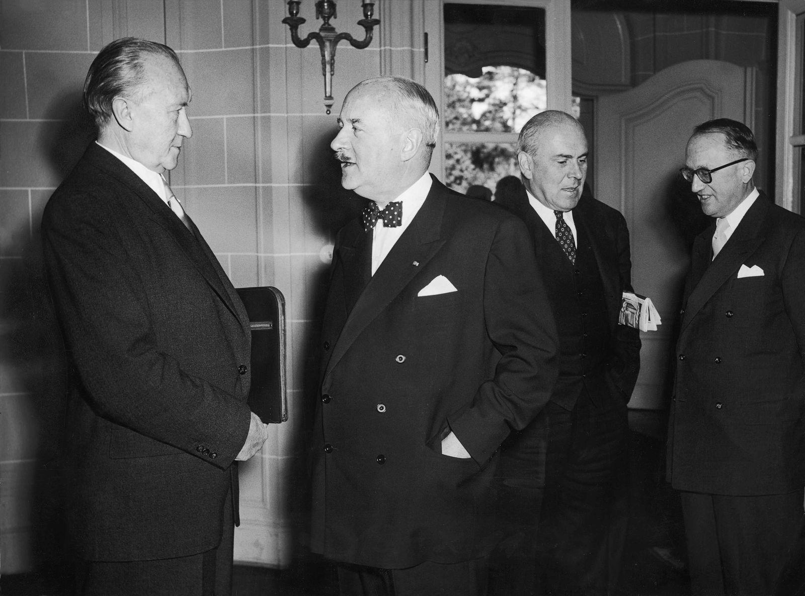 EINMALIGE VERWENDUNG Adenauer/ Verhandlungen/ Allierte