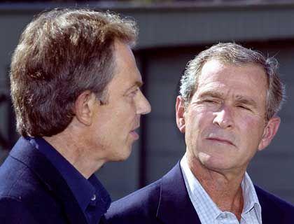 Einsame Angriffsallianz? Georg Bush & Tony Blair