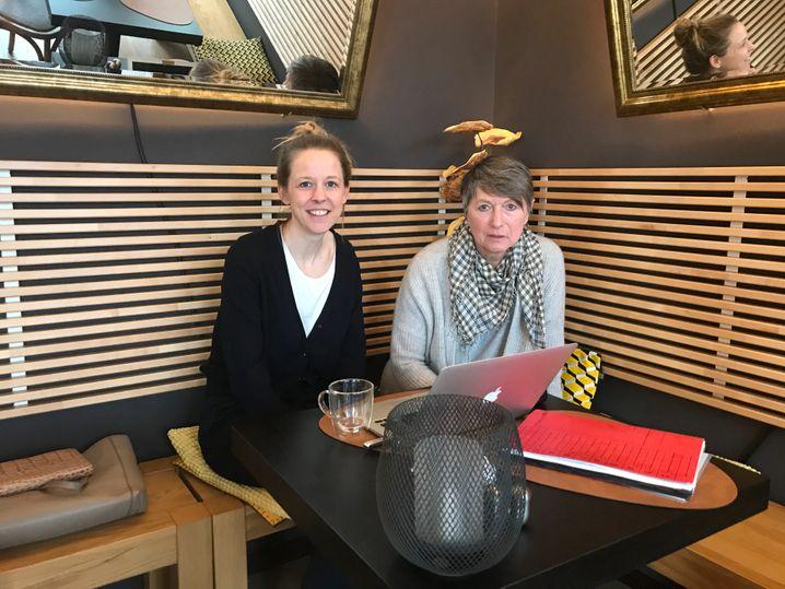 My-Place-Inhaberin Ingrid Domann (r.) mit Tochter Julia, Hotelmanagerin