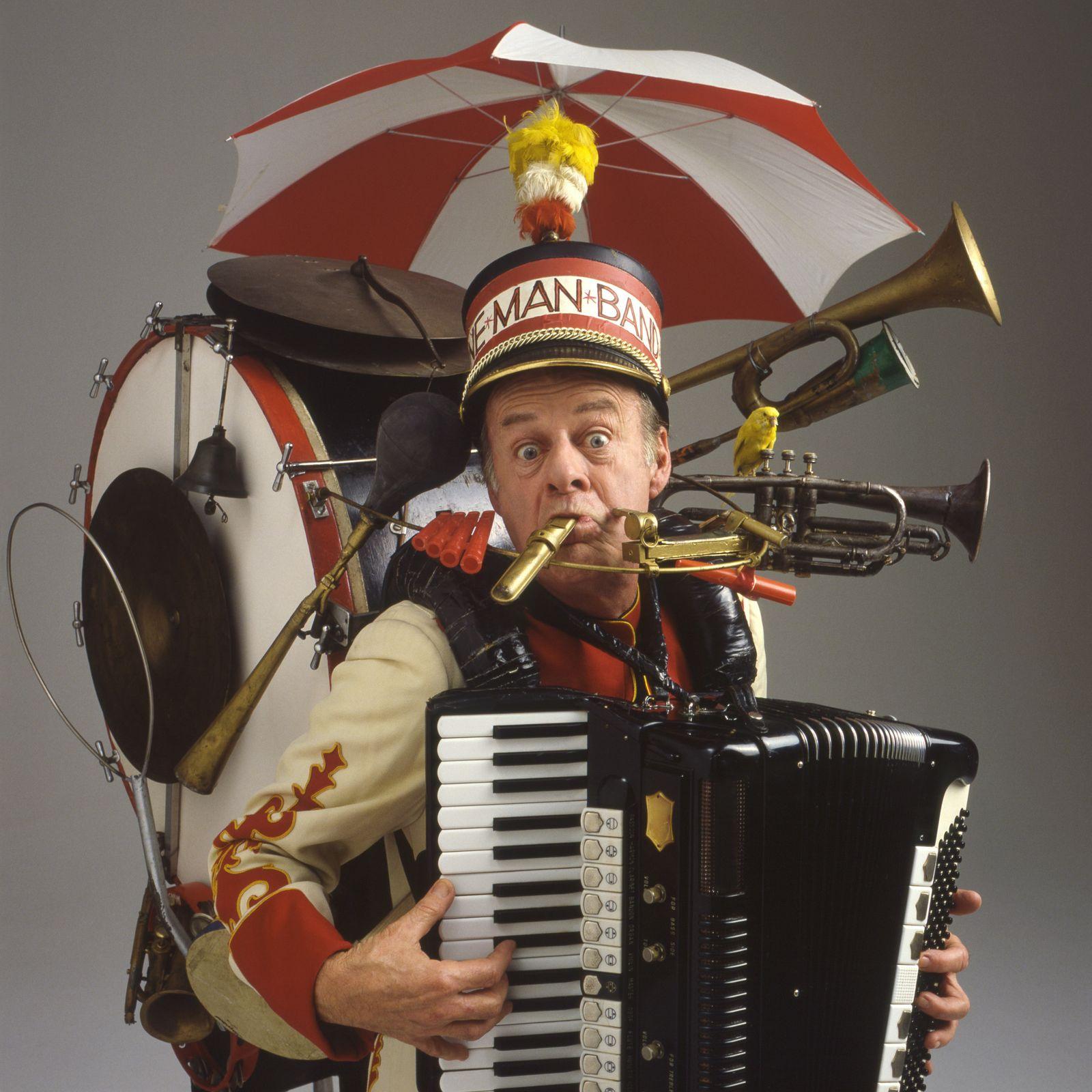 NICHT MEHR VERWENDEN! - KaSP Multitasking / One-Man Band / Alleinunterhalter / Einmannkapelle SYMBOLBILD