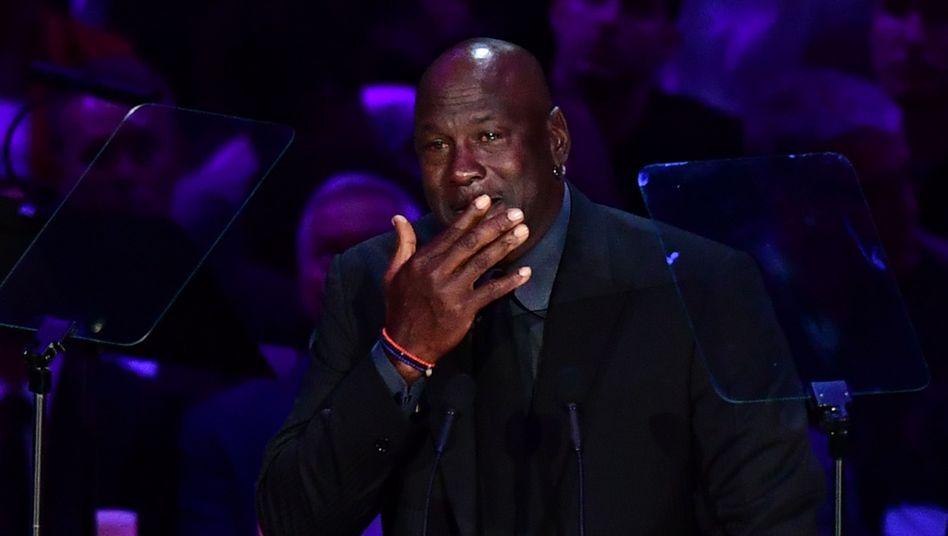 """Michael Jordan bei der Gedenkfeier unter dem Motto """"Eine Feier des Lebens für Kobe und GiannaBryant"""""""