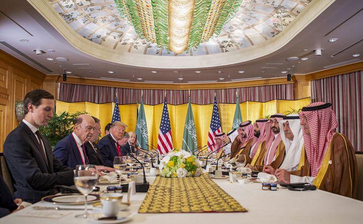 Um die diplomatischen Beziehungen zwischen Riad und Washington haben sich bislang nur Männer gekümmert - nun ändert sich das mit Prinzessin Reema, Saudi-Arabiens neuer Botschafterin in Washington