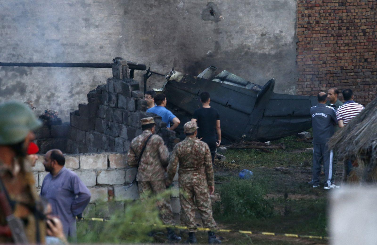 Absturz eines Militärflugzeugs in Pakistan