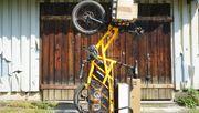 Dieses Lastenrad nimmt es mit Kleinwagen auf