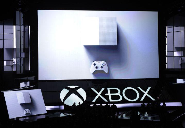 Neue Xbox One S mit Unterstützung für 4K-Ultra-HD-Video