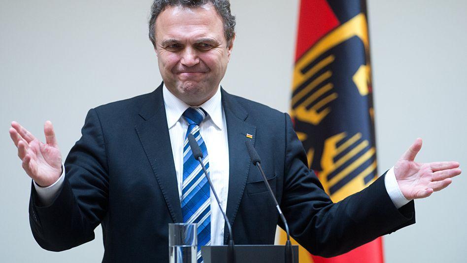 """Ehemaliger Innenminister Hans-Peter Friedrich (CSU): """"Die Sachverhaltsaufklärung dauert an"""""""