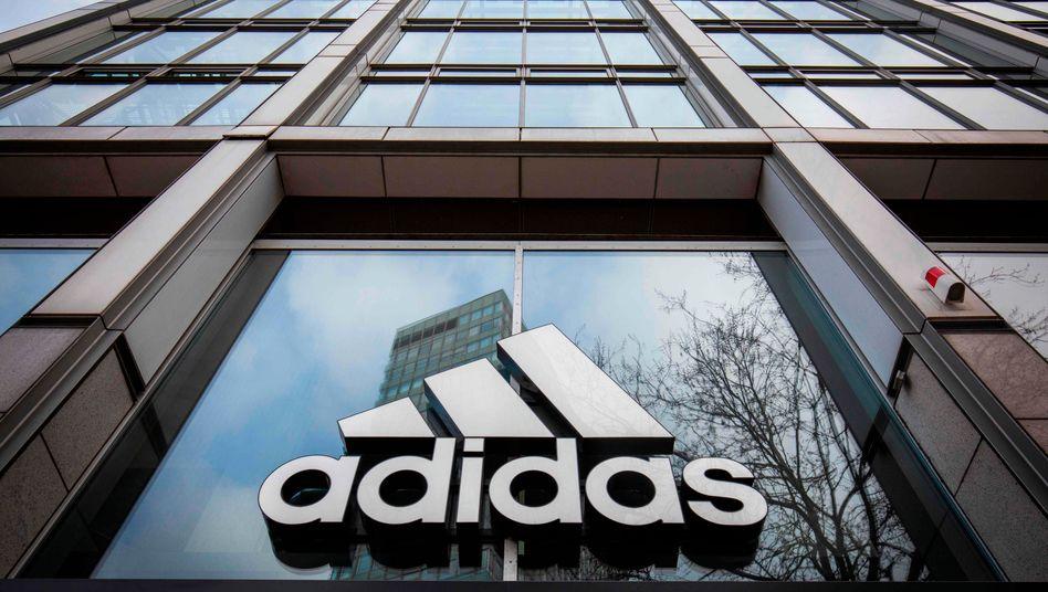 Adidas muss sich nach einer Rassismusdebatte im Konzern eine neue Personalchefin suchen