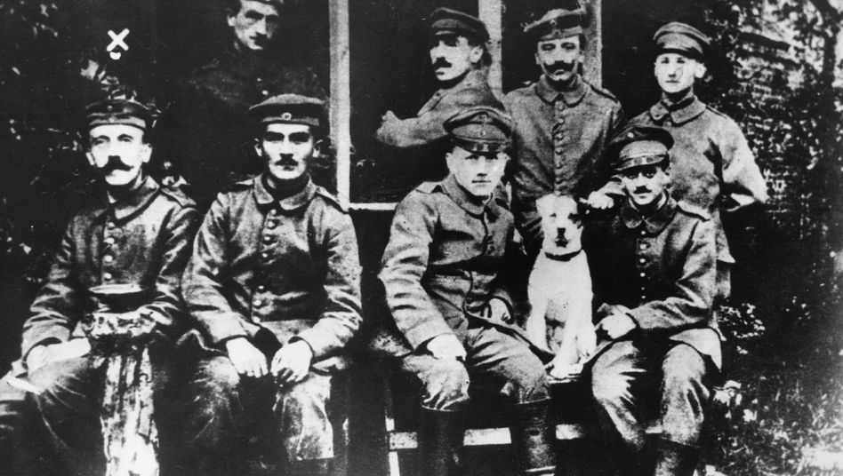 Lance Corporal Adolf Hilter with other soliders during the First World War.