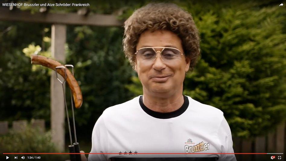 Komiker Schröder (in einem anderen Wiesenhof-Clip)