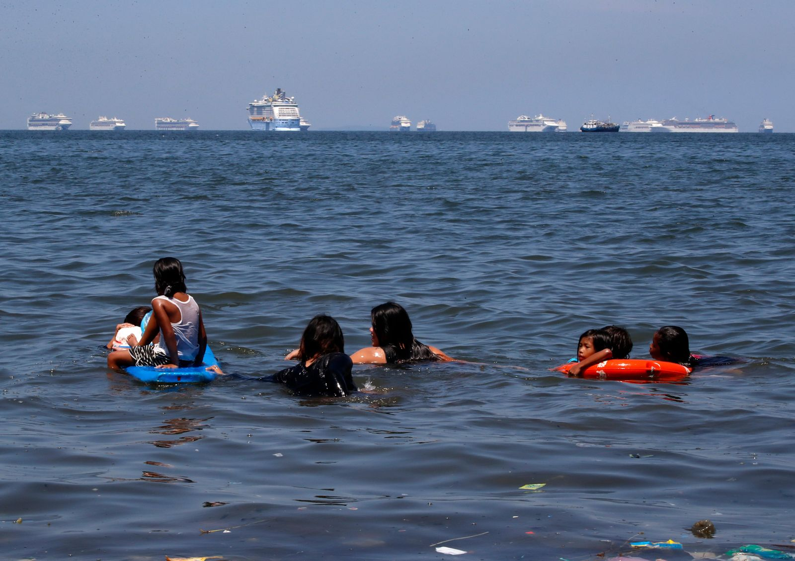 Cruise ships anchored in Manila Bay for medical quarantine, Philippines - 08 May 2020