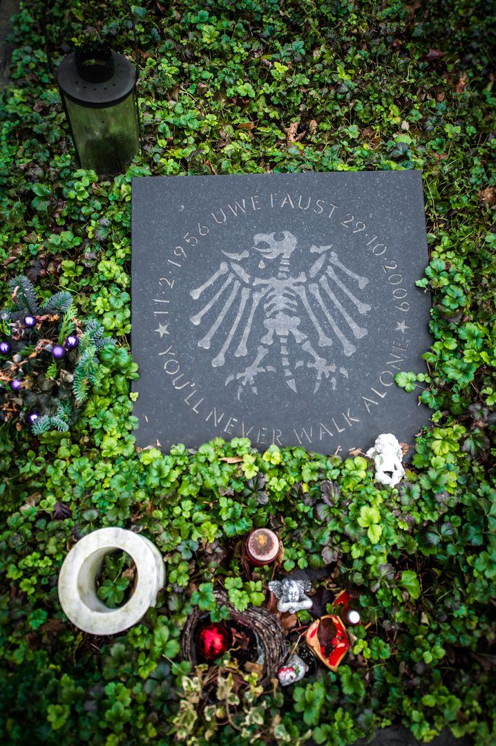 Grabstelle auf Düsseldorfer Südfriedhof