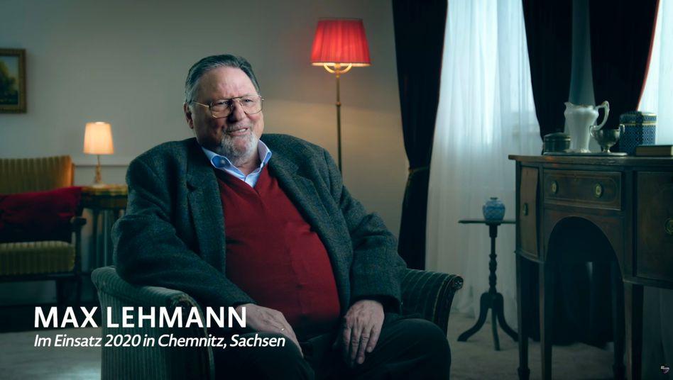 Screenshot aus dem Böhmermann-Clip zu #BesondereHelden