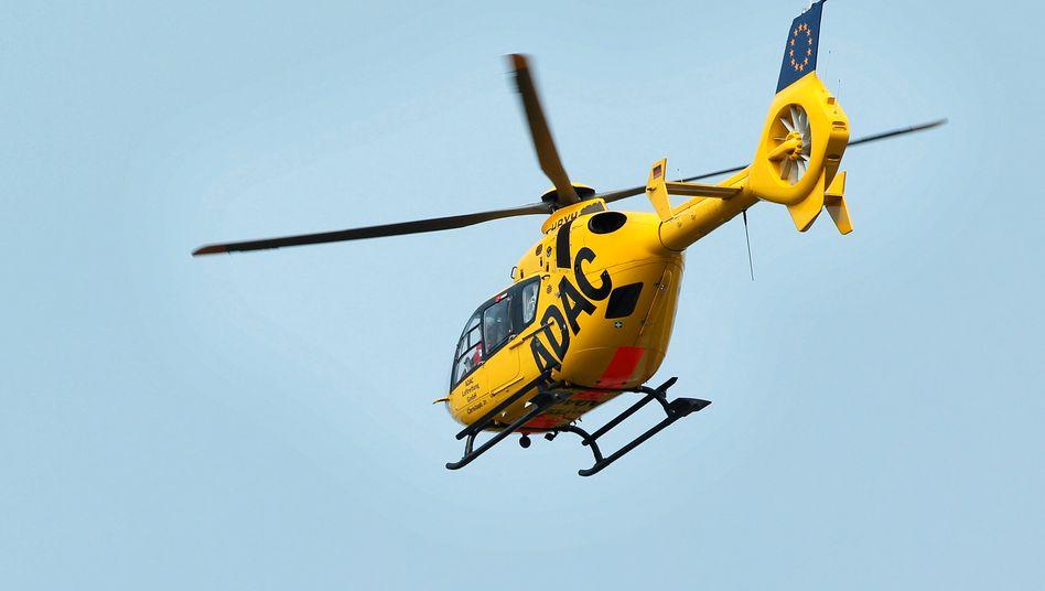 Hubschrauber des ADAC (Symboldbild): Kind kam mit schweren Verletzungen ins Krankenhaus