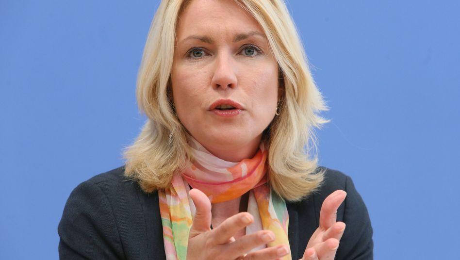 Ministerin Schwesig (SPD): Gerechterer Verdienst für Frauen