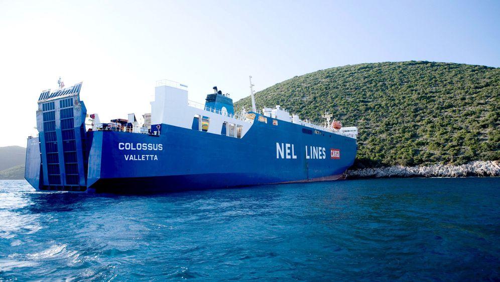 "Fährunglück: ""Colossus"" rammt griechische Insel"