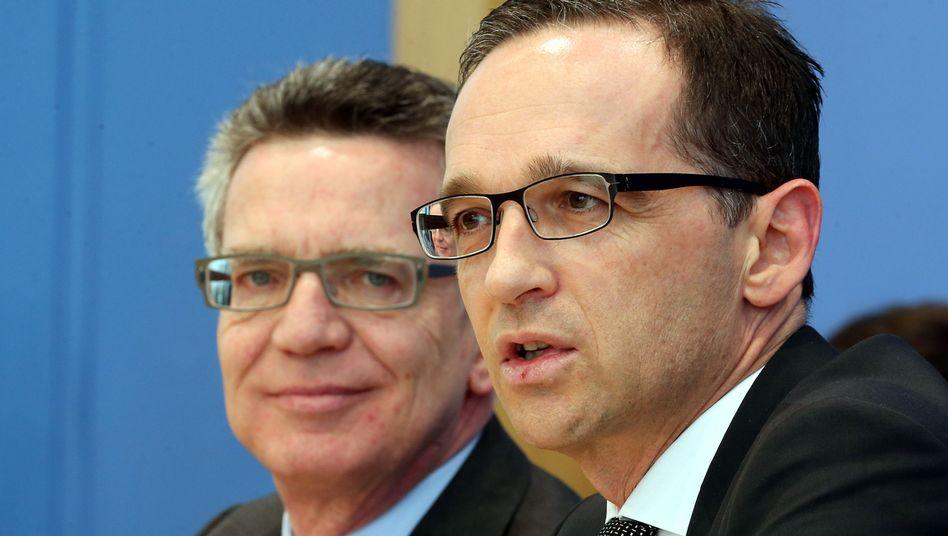 Ministerkollegen de Maizière, Maas: Überraschende Wende beim Doppelpass