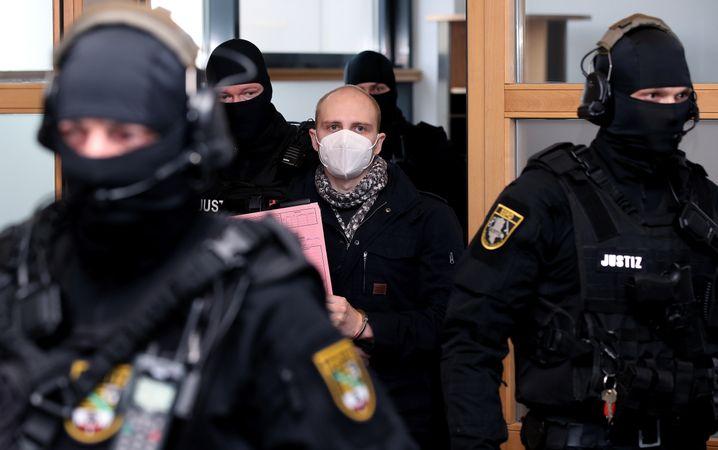 Angeklagter Balliet, Sicherheitskräfte: Eine unfassbare Tat