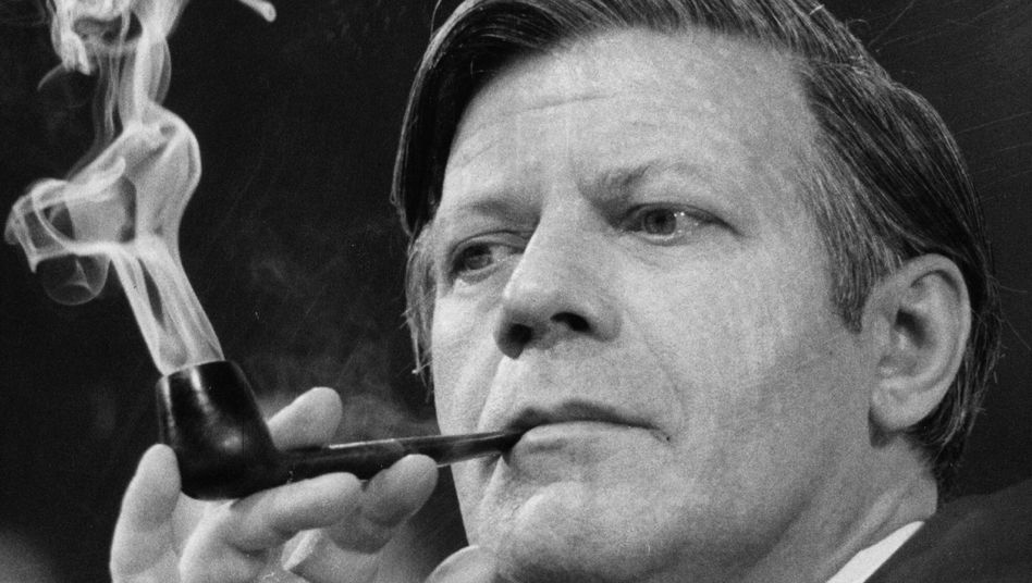 "Helmut Schmidt (1974): ""Big Mouth"" oder ""Schmidt the lip""?"