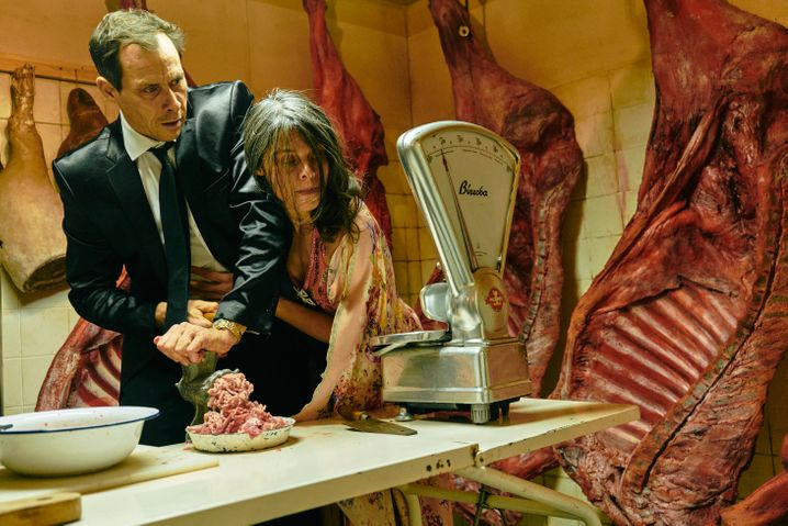 Marc Hosemann und Margarita Breitkreiz (Cornelia): Schäbigkeit des kapitalistischen Erwerbsstrebens