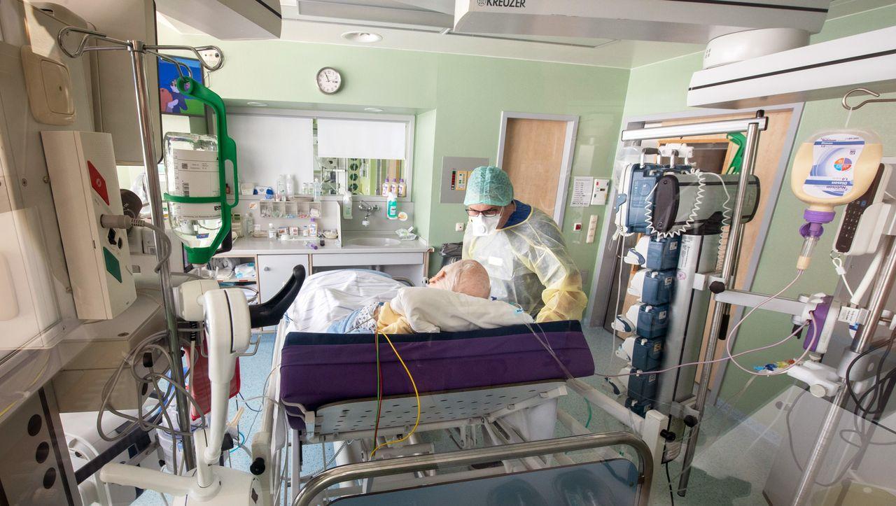 Lehren aus der Coronakrise: Leopoldina-Forscher fordern Umbau des Gesundheitssystems