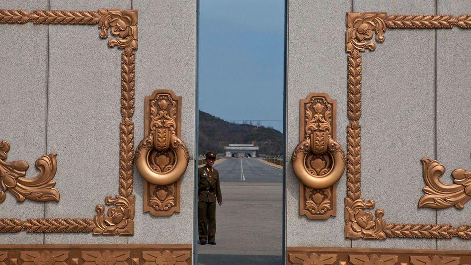 Nordkoreanischer Soldat: Zeichen der Annäherung