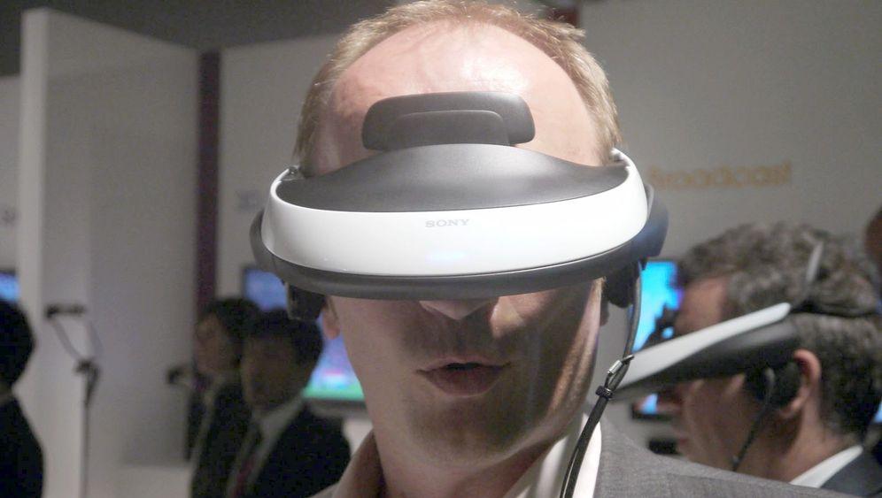 Kinobrille von Sony: Fetter Brummer mit scharfen Bildern