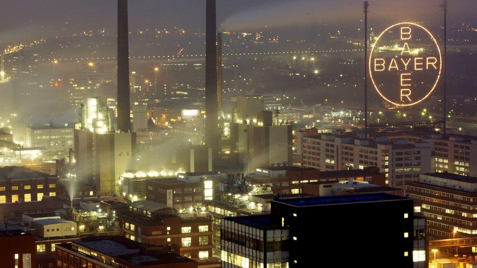 Bayer-Zentrale: Ärger mit umstrittenen Verhütungsmitteln