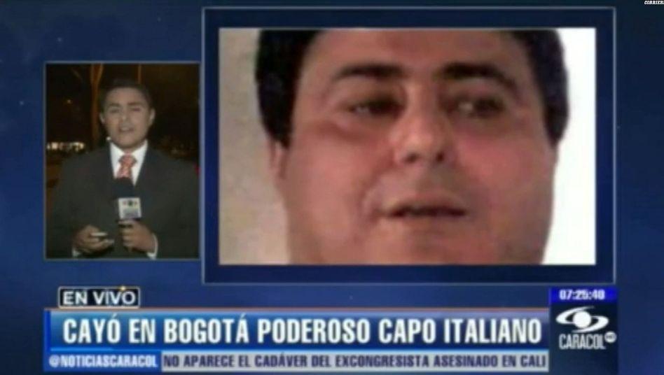 """Pannunzi (rechts) auf einem Screenshot vom Fernsehsender Caracol: """"Größter Kokainimporteur der Welt"""""""